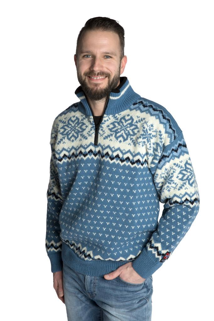 "Nordlys ""Turist"" blå og hvit strikket genser for dame og herre."