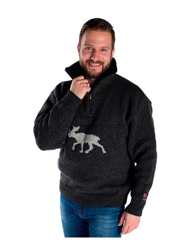 """Nordlys """"Elg"""" strikket genser med elgmotiv for dame og herre."""