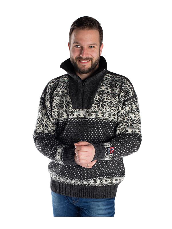 """Nordlys """"Mønstret"""" sort strikket genser for dame og herre."""
