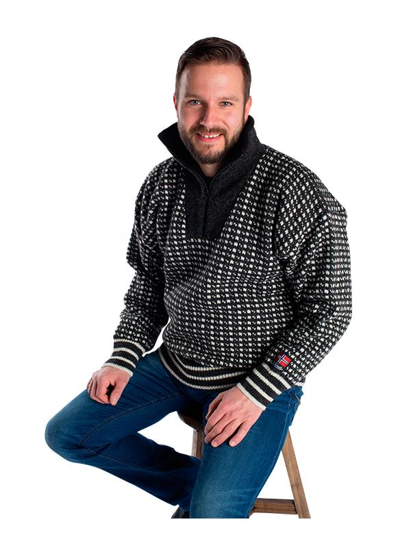 """Nordlys """"Islender"""" strikket genser for dame og herre, sort og hvit med glidelås."""