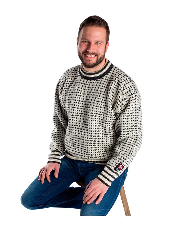 """Nordlys klassisk """"Islender"""" strikket genser for dame og herre, hvit og sort."""