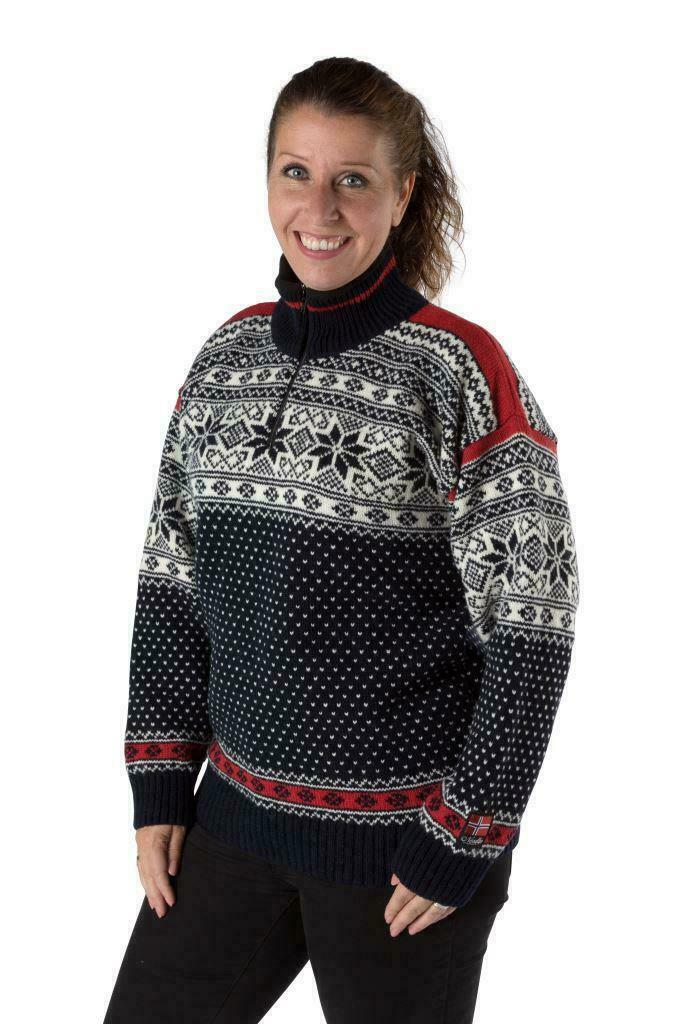 """Nordlys """"mønstret"""" blå og rød strikket genser for dame og herre."""