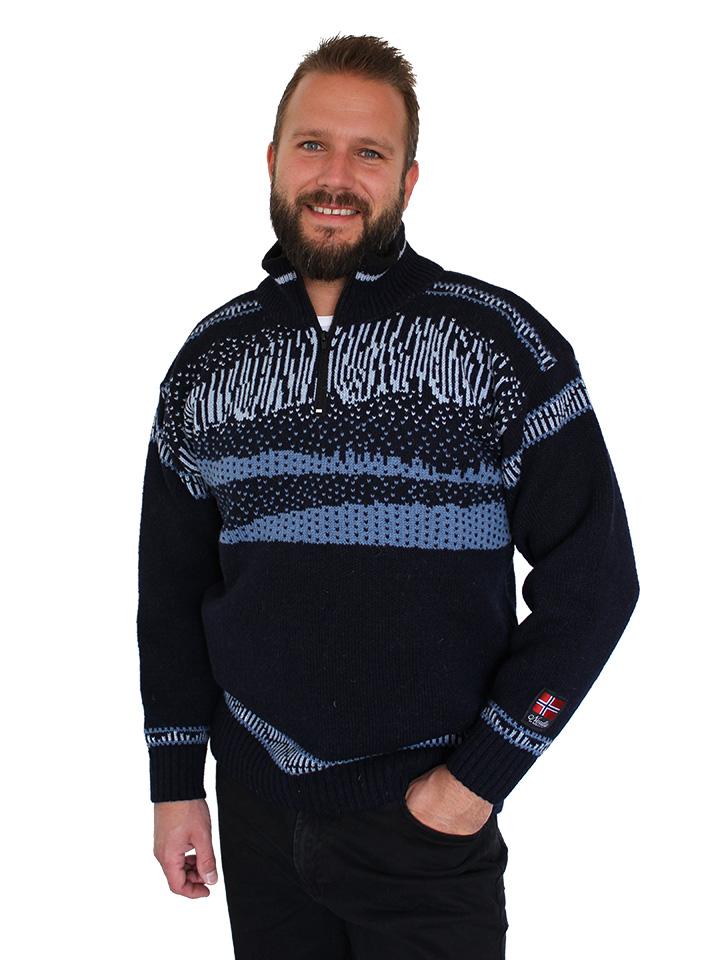 """Vår egen """"Nordlys"""" blå strikket genser for dame og herre."""