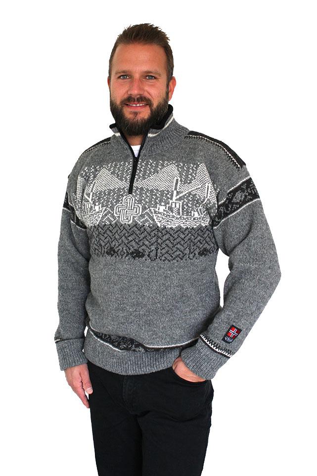 "Nordlys ""Kystgenser"" grå og natur strikket genser for dame og herre."