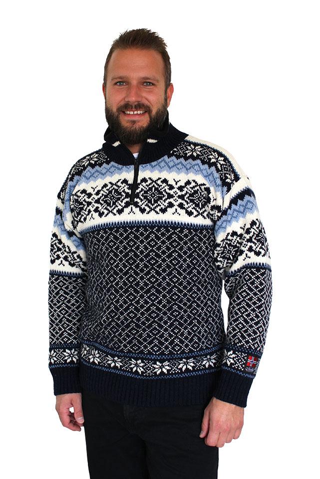 """Nordlys """"Turist"""" marine strikket genser for dame og herre."""