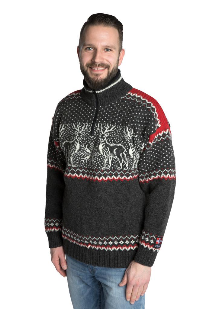 """Nordlys """"Vestland"""" sort og hvit strikket genser for dame og herre."""
