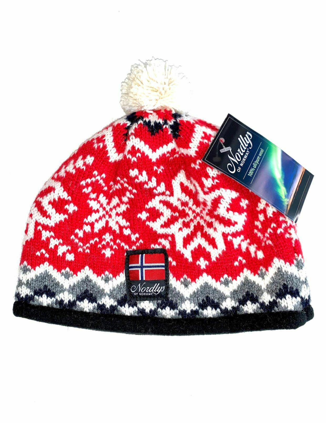 """Nordlys """"Turist"""" strikket ull lue med dusk, rød og hvit."""