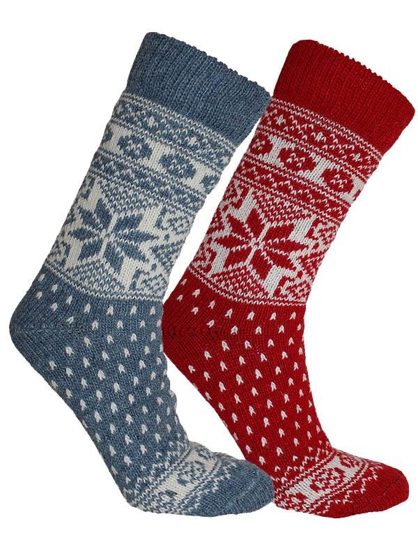 """6 par Nordlys """"Mønstret"""" strikkede ullsokker - Rød og blå."""